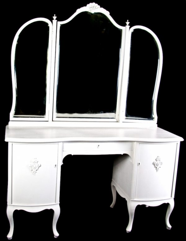 1800s White Gustavian 3 Mirror Dressing Table Curve Top