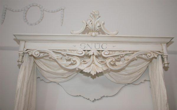 Handmade Bespoke Antique Wood Gustavian Coronet