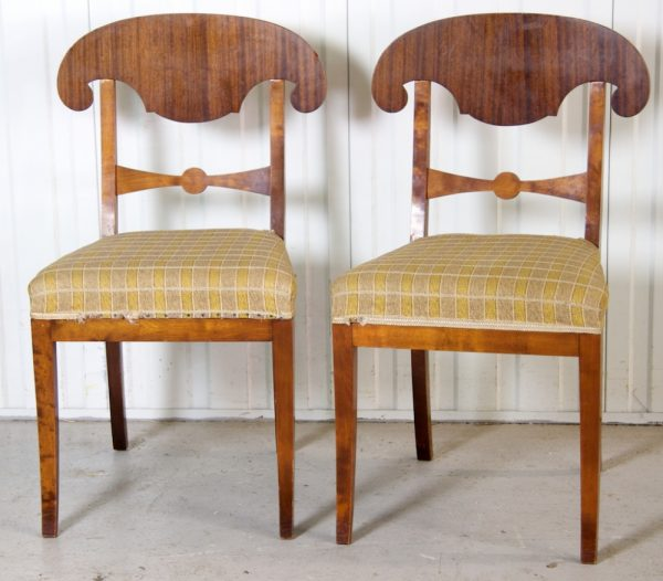 Late 1800s Biedermeier Dining Chairs Roundel Motif
