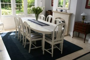 We specialise in repainting mixed sets of Gustavian Chairs