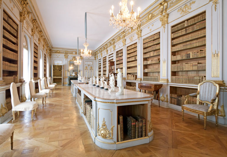 library-in-drottningholm-palace-sweden-photo_1780527-770tall