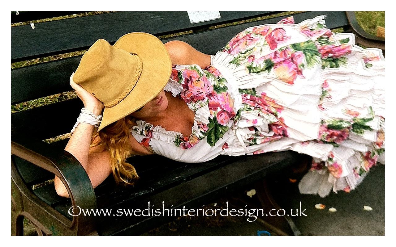 madeleine lee in ewa i walla rose dress