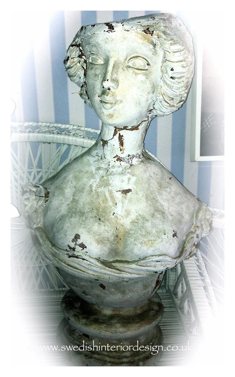 antique bust