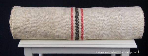 red black antique hemp linen roll