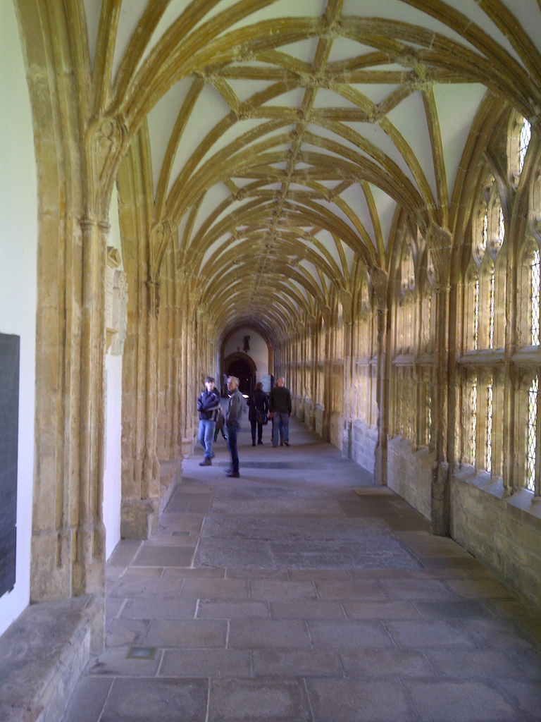 cloister wells cathedral