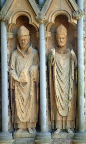 bishops statues at wells cathedral