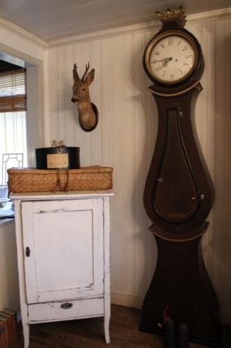brown 230cm antique swedish mora clock