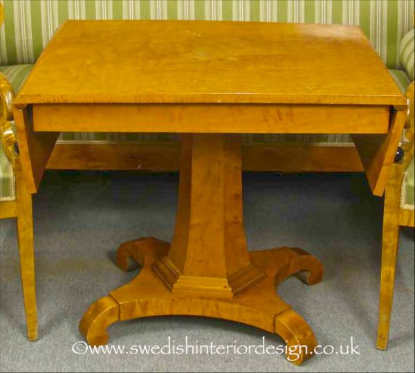 TAB63 Biedermeier Drop Leaf Table