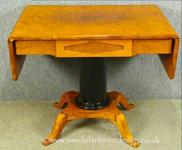 TAB66 Biedermeier Dropleaf Table
