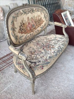 French 1800s antique gustavian 2 seater sofa with stunning patina and original sprung seats with amazing detail carving