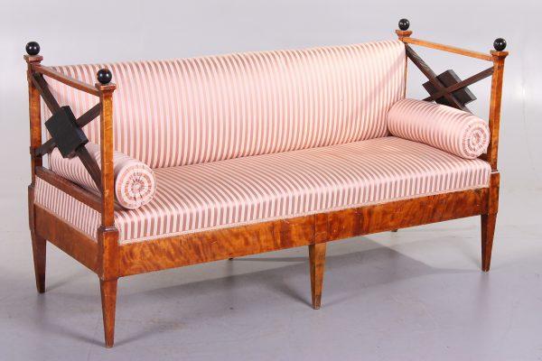 Beautiful rare 1800s Swedish Antique Biedermeier settle sofa in flame golden birch worldwide shipping