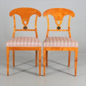 CH62 antique swedish biedermeier chairs pair roundel motif 19th century