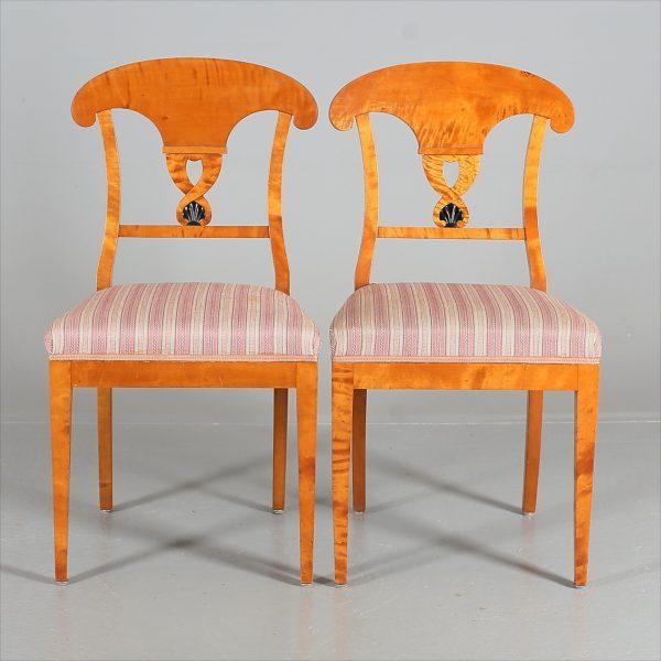 CH62 antique swedish biedermeier chairs pair roundel motif 19th century