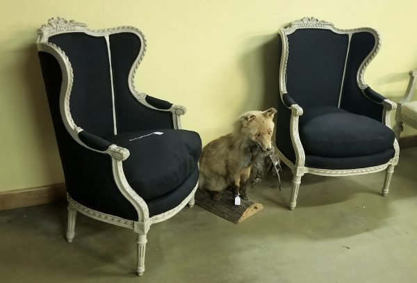Gustavian armchairs beregeres white fauteuils